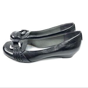 Life Stride Mascot Black Leather Flats Size 7